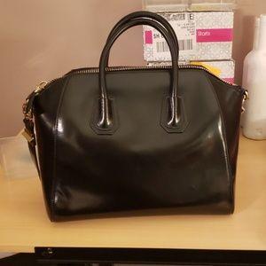 Givenchy Bags - Givenchy antigona purse